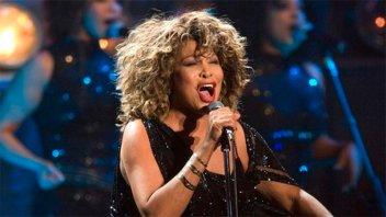 Tina Turner reveló que su ex marido la llevó a un prostíbulo la noche de bodas