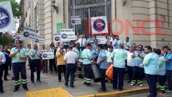 Trabajadores del Correo Argentino se manifestaron en el centro de Paraná