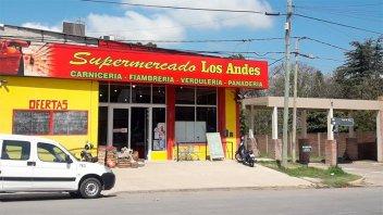 Clausuraron otro supermercado sin habilitación que vendía mercaderías vencidas