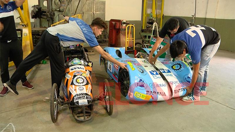 El auto de la escuela técnica de Paraná