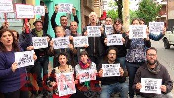 Actores se manifestaron en Paraná en defensa de la Ley Nacional del Teatro