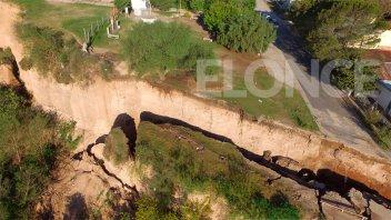 Nuevas imágenes desde drone muestran el descenso de la barranca de Diamante