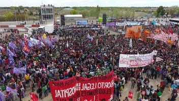 Se realiza en Trelew el 33º Encuentro Nacional de Mujeres