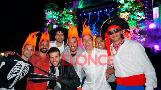Miles de personas vivieron la Fiesta de Disfraces: El color y los personajes