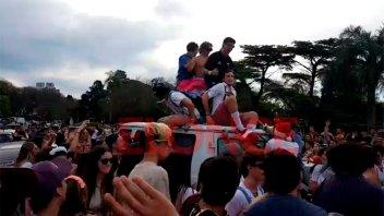 Videos: Así se vivió la previa de la Fiesta de disfraces en el Parque Urquiza