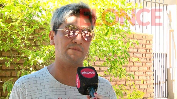 Peluquero solidario sufrió un robo en su local: