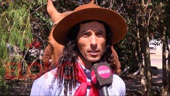 Pasó por Paraná reconocido jinete que cabalga al Santuario del Gauchito Gil