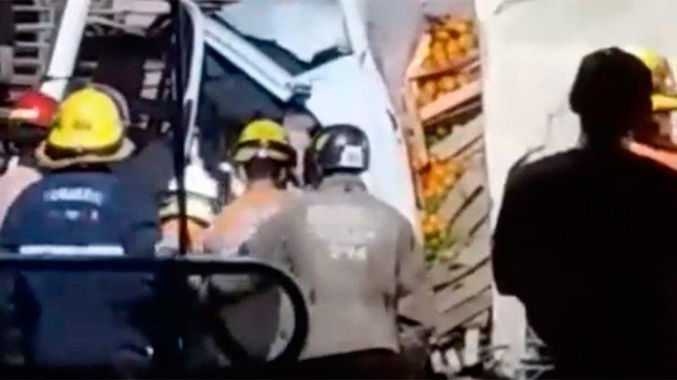 Trágico accidente entre dos camiones en la Autovía Artigas: Un fallecido