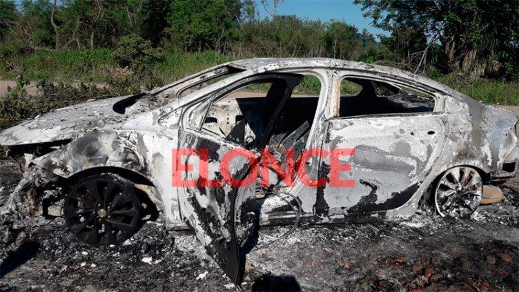 Investigan los pormenores que rodean el robo e incendio del auto de Lemos