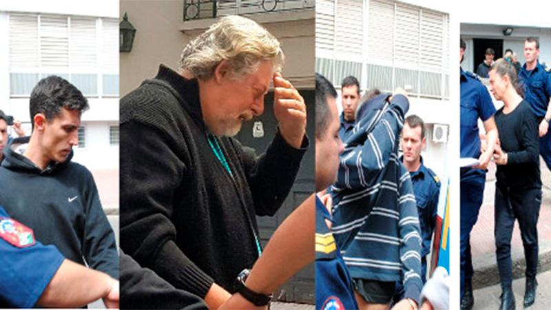 Scialocomo, Mena, Bilbao (cubriéndose el rostro) y Beckman.-
