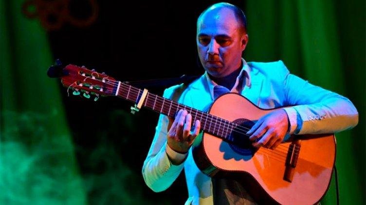Músico diamantino será reconocido en la Fiesta Internacional de la Chamarrita