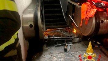 Escalera del subte de Roma dejó 24 hinchas heridos: a uno le amputaron el pie
