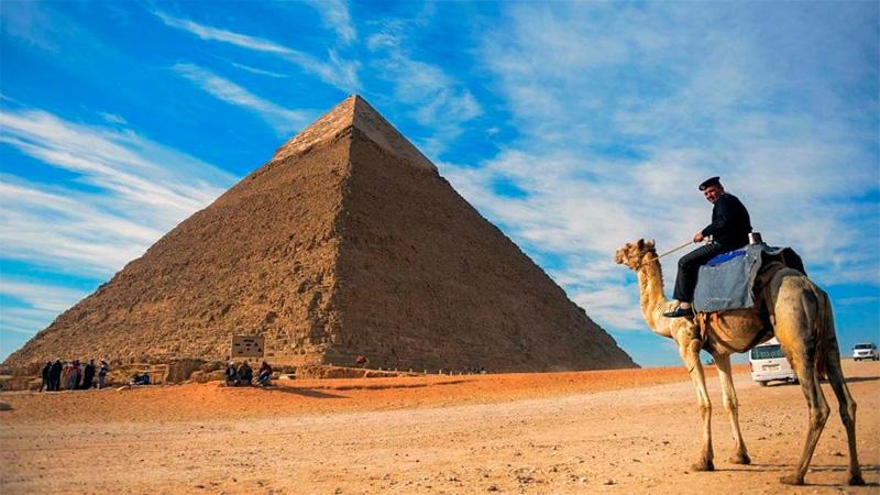 Así los egipcios trasladaban las piedras para las pirámides
