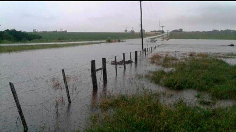 Continúan los inconvenientes en Victoria y zona por el intenso temporal