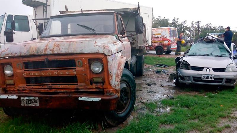 Fatal accidente cerca de Paraná: Falleció el conductor de un auto