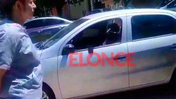 Nena encerrada en un auto: el papá dio su versión y mostró  enojo con la policía