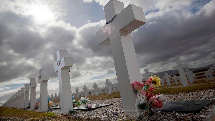 Identificaron a otros dos soldados caídos en Malvinas: Ya son 104 en Darwin