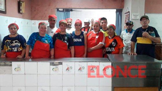 El desafío de unidad de un comedor comunitario por la final entre River y Boca