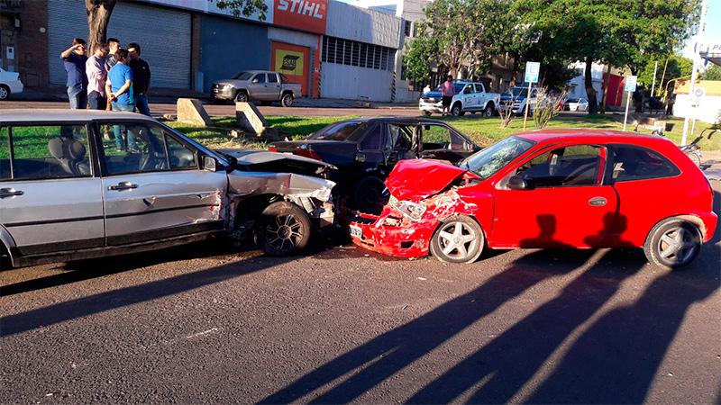 Violentísimo choque en Paraná: Uno de los heridos está muy grave