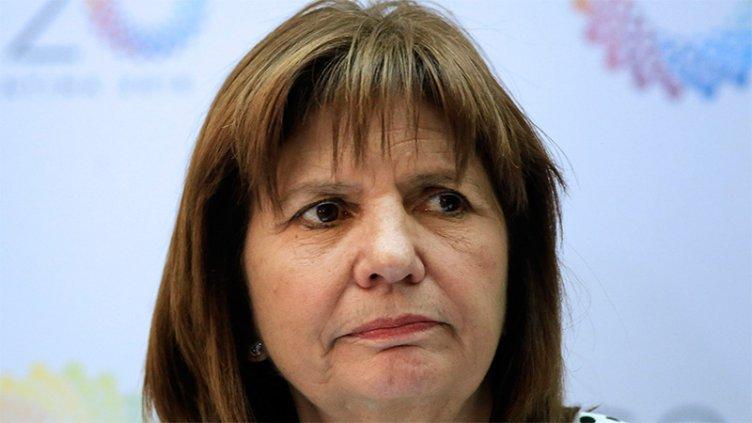 Bullrich descartó flexibilizar la compra y tenencia de armas como en Brasil
