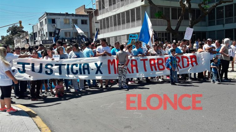 Al grito de Justicia por Maka Taborda, marcharon de barrio Pirola a Tribunales