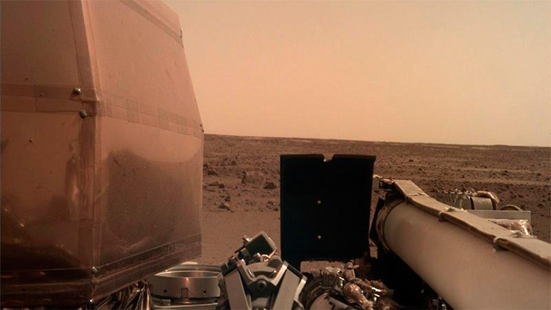 Imagen captada por la sonda espacial InSight.