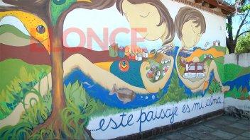 Inauguraron un mural en la escuela