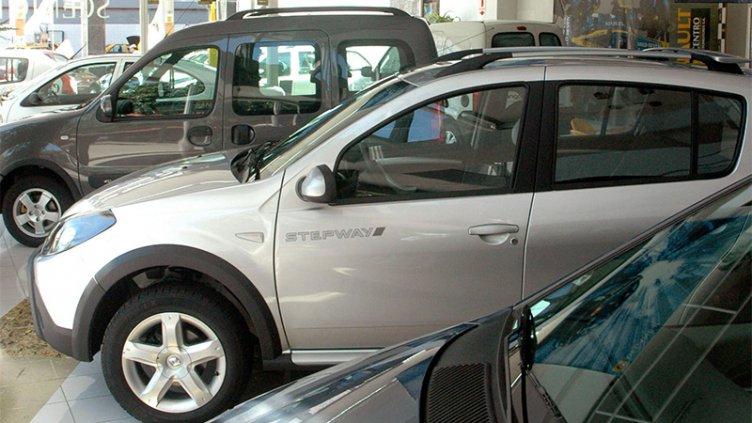 Se acrecentó notoriamente la brecha de precios entre autos nuevos y usados