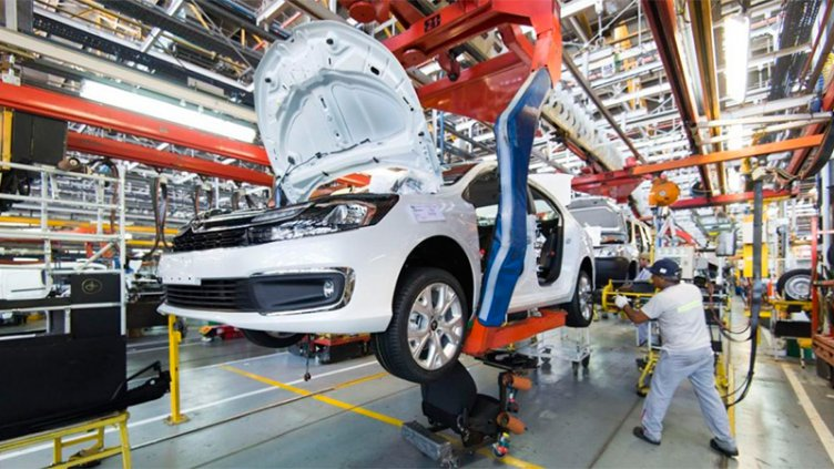 Analizan seguir con subsidios para compra de autos y sumar otros rubros