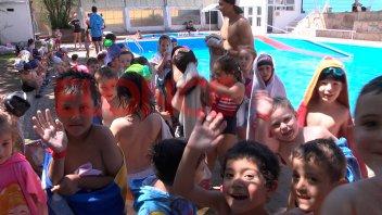 Comenzó la colonia de vacaciones del Club Echagüe: asisten unos 200 chicos