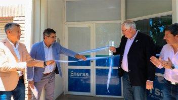 Enersa inauguró oficina en María Grande y nueva obra eléctrica para la región