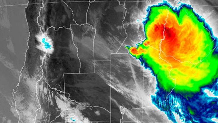 El ojo del temporal atraviesa Entre Ríos y se dirige hacia el este