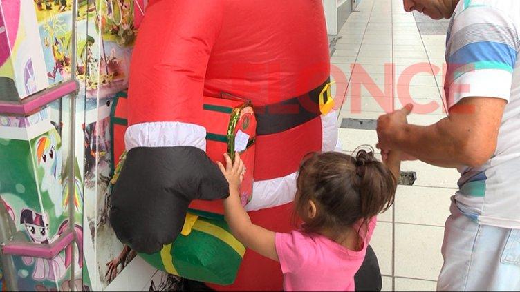 Los chicos ya comenzaron a elegir qué le pedirán a Papá Noel