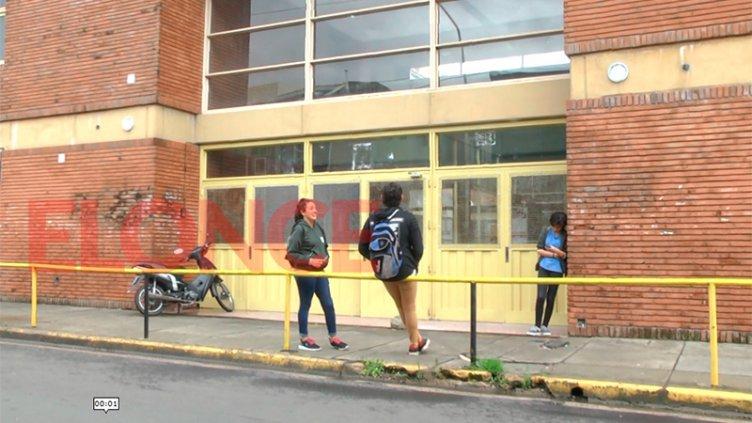 El 30% de los alumnos debe rendir materias en la Escuela de Comercio 1