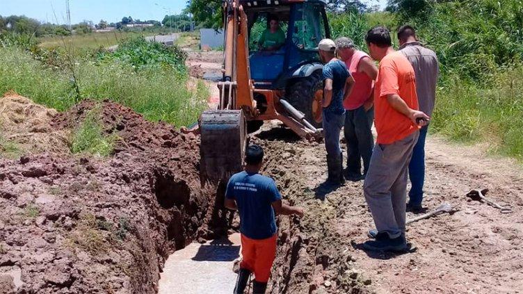 Corte de agua en zona oeste por la rotura de la red maestra en Avenida Ejército