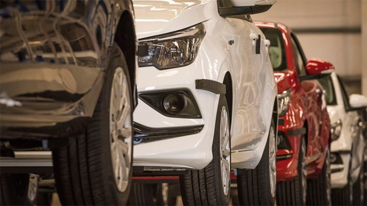 A la espera de compradores: Hay 240.000 vehículos cero kilómetro en stock