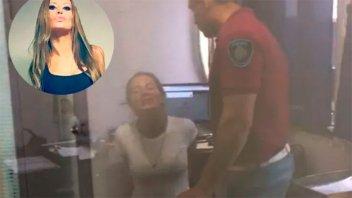 Natacha Jaitt fue a denunciar a un policía y quedó detenida