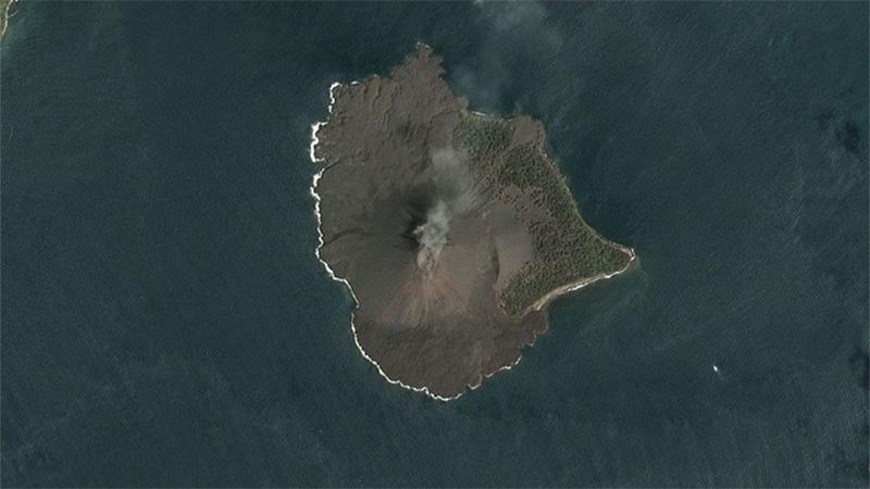 El volcán Anak Krakatau antes de la erupción del 22 de diciembre