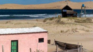 Uruguay: denuncian que una joven fue violada por tres hombres en un camping