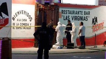 Siete personas fueron asesinadas a balazos en un bar de Playa del Carmen