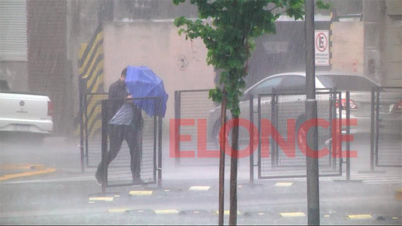 Alertan que en las próximas horas podrían llover más de 150 milímetros