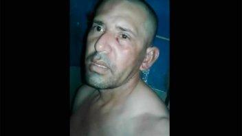 Presos grabaron el violento recibimiento a un violador y asesino de una niña