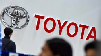 Toyota llama a revisión a más de un millón de autos por defectos en airbags
