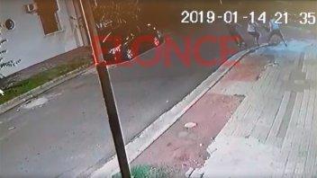 Joven resistió un arrebato y ladrones huyeron ante la llegada de vecinos