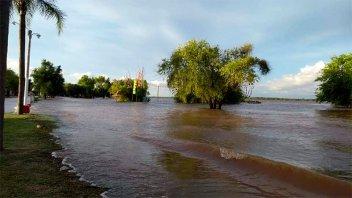 Colón también declaró el estado de emergencia hídrica, vial y social