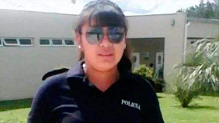Una mujer policía fue asesinada por su novio de un balazo en la cara