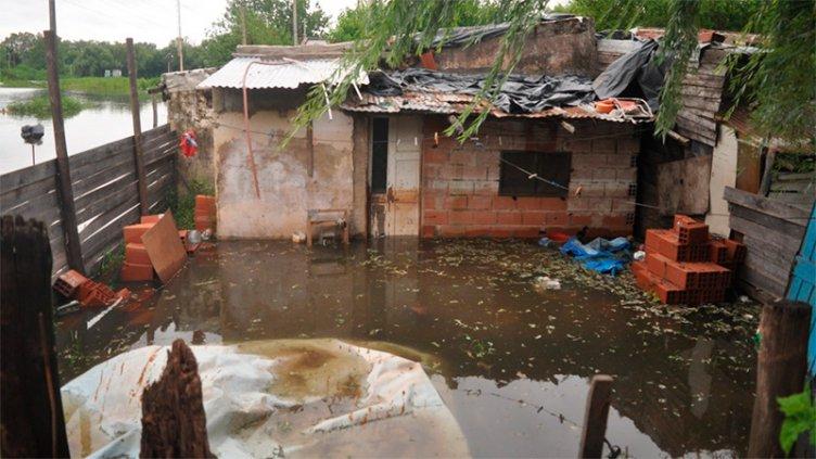 Suman más de 2.000 las personas evacuadas y autoevacuadas en Entre Ríos