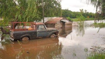 El río no para de crecer y aumentan los evacuados en Concepción del Uruguay
