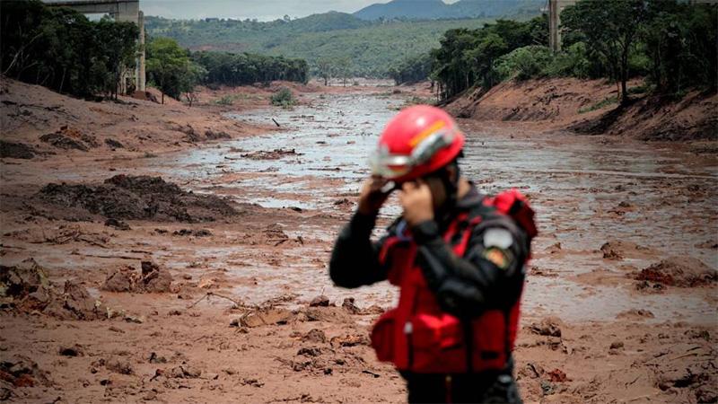 Sube a 84 número de muertos en tragedia minera en Brasil