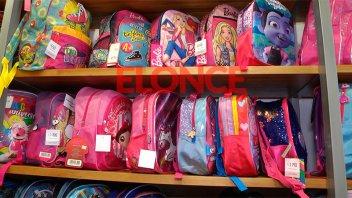 De espalda, con carrito, primaria o secundaria: Precios y variedad de mochilas